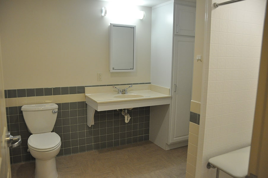 Margaret Wagner Apartments bathroom with toilet and sink