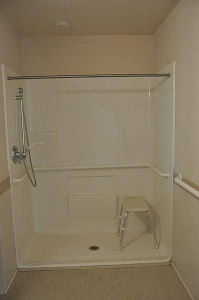 Margaret Wagner Apartments shower